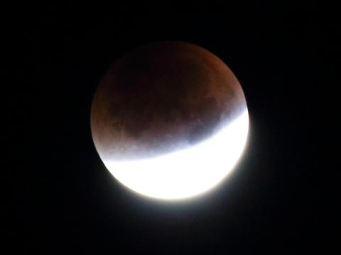 Totale Mondfinsternis 28. September 2015